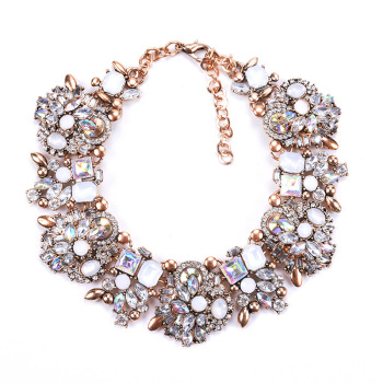 Charm Rhinestone Flowers Necklaces For Women Fashion Crystal Jewelry Choker Statement Bib Collar Necklace 2019 multicolor full rhinestone choker necklace women sexy shiny statement crystal collar necklaces bijoux gargantilla club jewelry