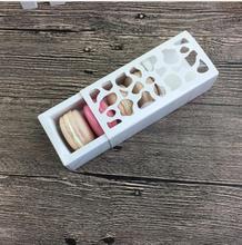 20 adet beyaz içi boş acıbadem kurabiyesi paketleme karton kutu çikolata şeker çerezler ambalaj hediye kutusu noel için kaynağı 13*6*4cm