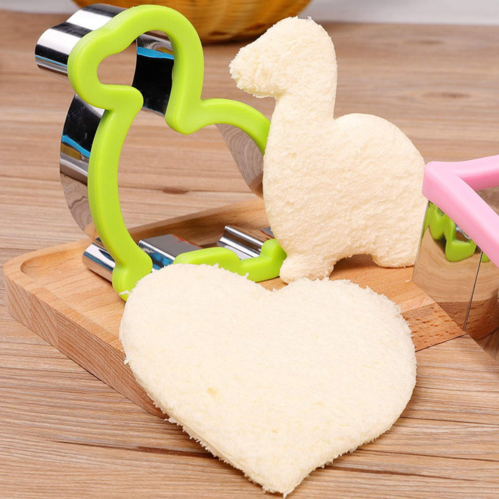 1PCS Sandwich Cutter For Kids Animal Dinosaur Star Heart Shape Stainless Steel Bread Mould Metal Cookie Cutters Biscuit Mold
