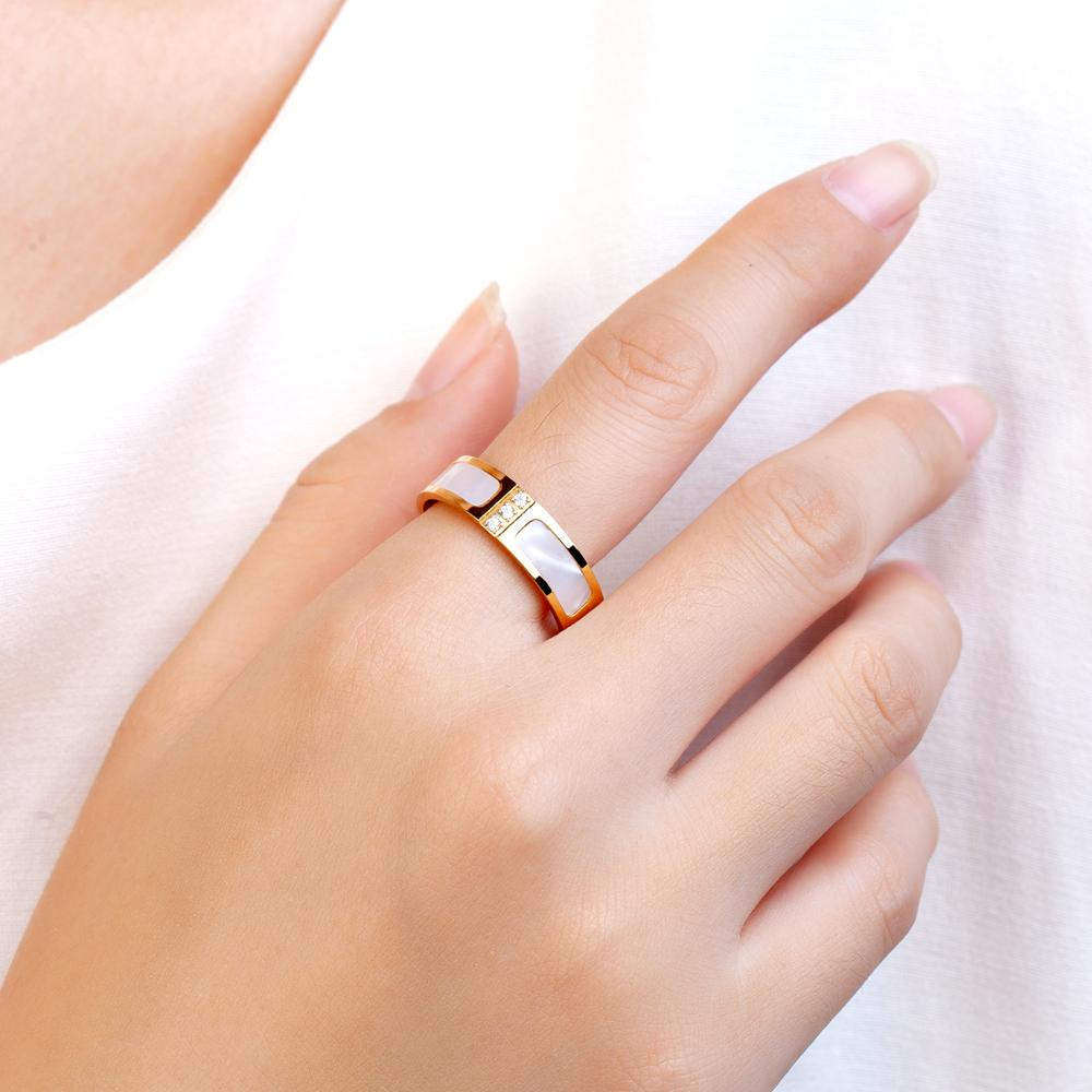 Luxury White Shell Crystal Ring Stainless Steel Titanium Bridal Wedding Rings Love Promise Rings Jewelry For Women  - buy with discount