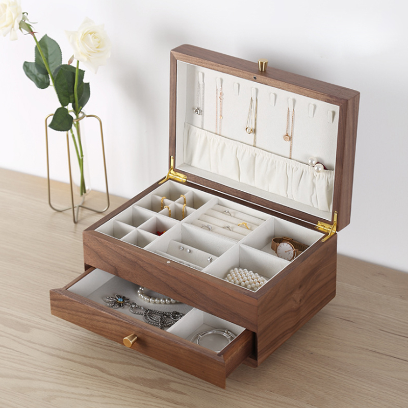 Creative square jewelry box with feet walnut earrings necklace ring bracelet jewelry storage box retail wholesale