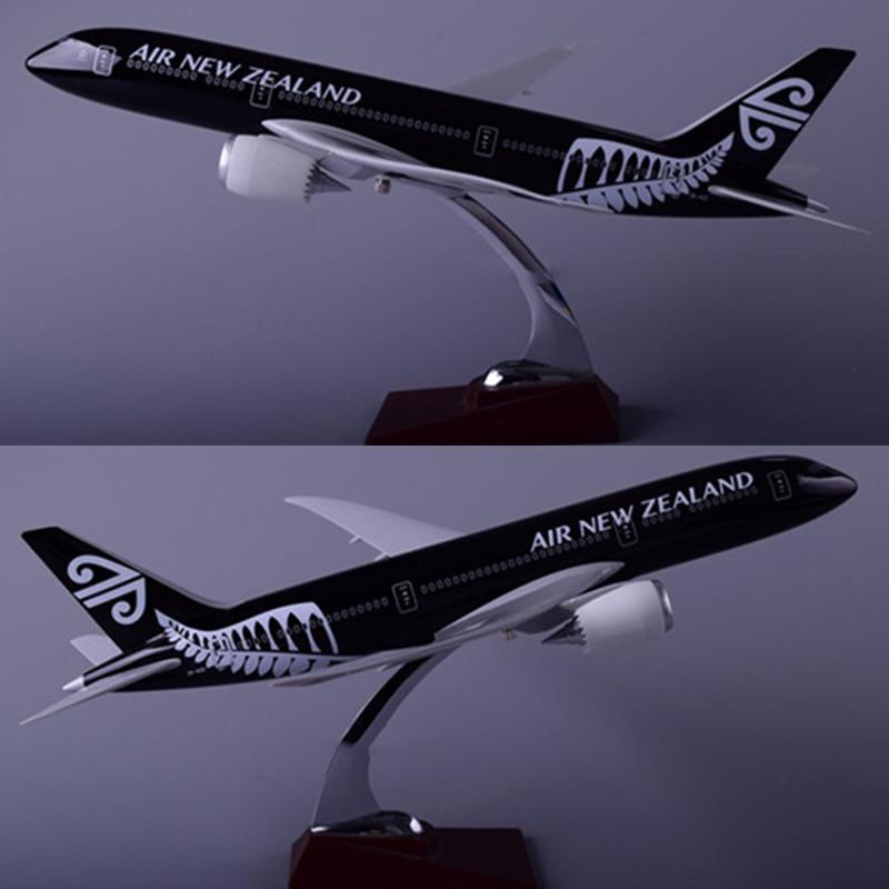 43 ซม.1: 172 สเกลโบอิ้ง B787 นิวซีแลนด์สายการบินเครื่องบินรุ่นฐานเครื่องบินเครื่องบินของเล่นสะสมคอลเลกชัน-ใน โมเดลรถและรถของเล่น จาก ของเล่นและงานอดิเรก บน   1