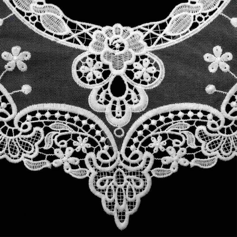 1PC Wasser-löslich Spitze Stoff Bestickt Hohl Boutonniere Kragen Blume Gefälschte Kragen Spitze Dekoration DIY Nähen Zubehör