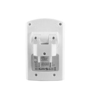 Image 2 - Chargeur de batterie à 4 fentes pour 1.2V AA AAA 6F22 9V Li ion NI MH NI CD Batteries rechargeables de haute qualité
