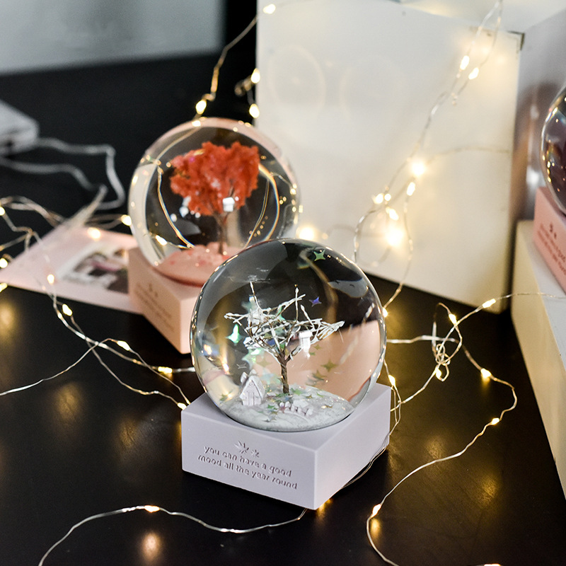Ins Snow Globe Glass Music Crystal Ball Creative Resin Cartoon Girl Beauty Gift Nordic Music Box Craft Home Desktop Decoration