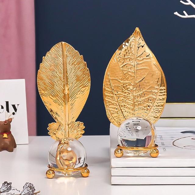 Фото скандинавский светильник роскошный золотой хрустальный шар лист