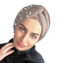 2019 nuovo musulmano Pelle Scamosciata turbante Cappellini tocco di velluto perle turbante cofano donna indiana cappello di inverno turbante femme musulman fascia 1pcs