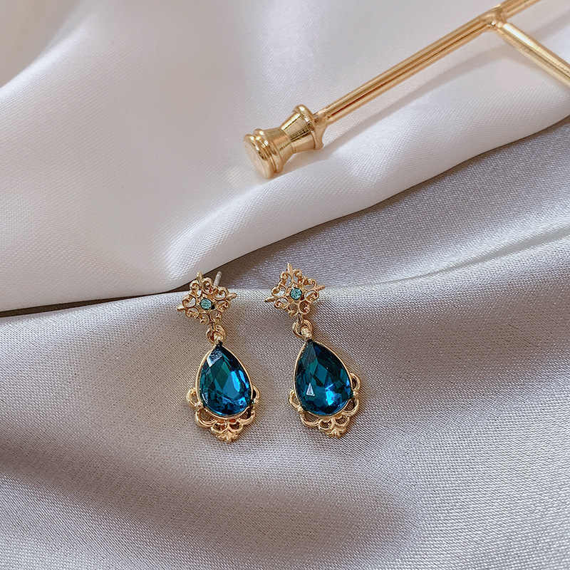 2019 Fashion Korean Ear Nails Elegant Temperament Fashion Court Blue Water Earrings Female Jewelry