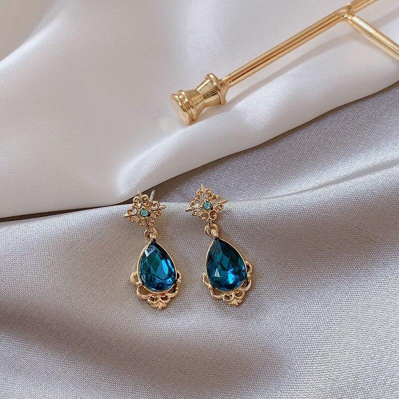 2019 Fashion Korean Ear Nails Elegant Temperament Fashion Court Blue Water Earrings Female Jewelry