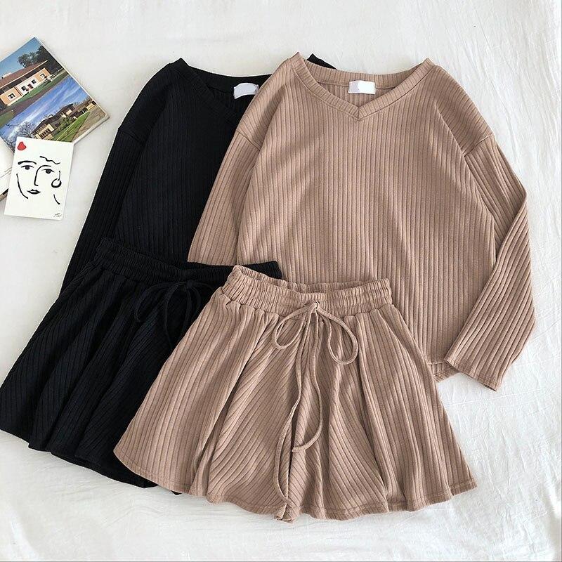 Knitted 2 Shorts Set V Neck Think Sweater Long Sleeve T Shirt Top And Elastic Waist Wide Leg Shorts Two Piece Set Green Khkai