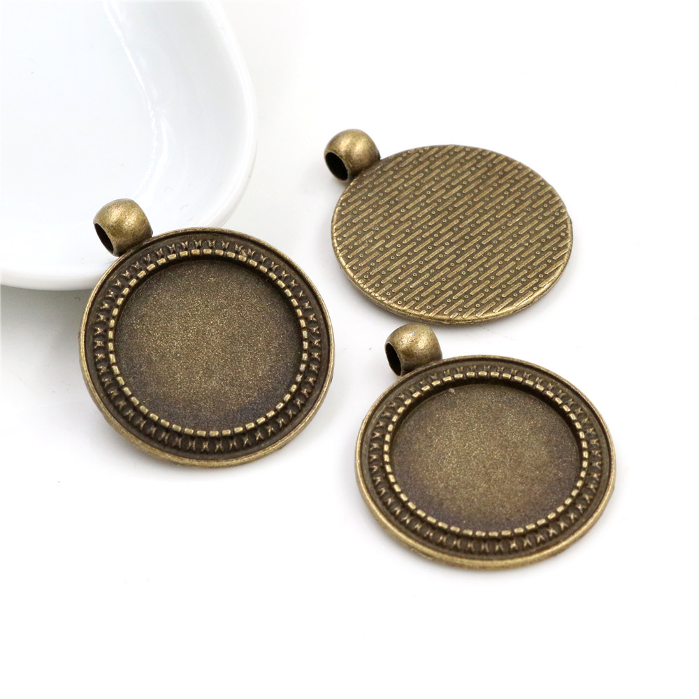 4pcs 20mm Inner Size Antique Bronze Classic Style Cabochon Base Setting Charms Pendant (D3-14)