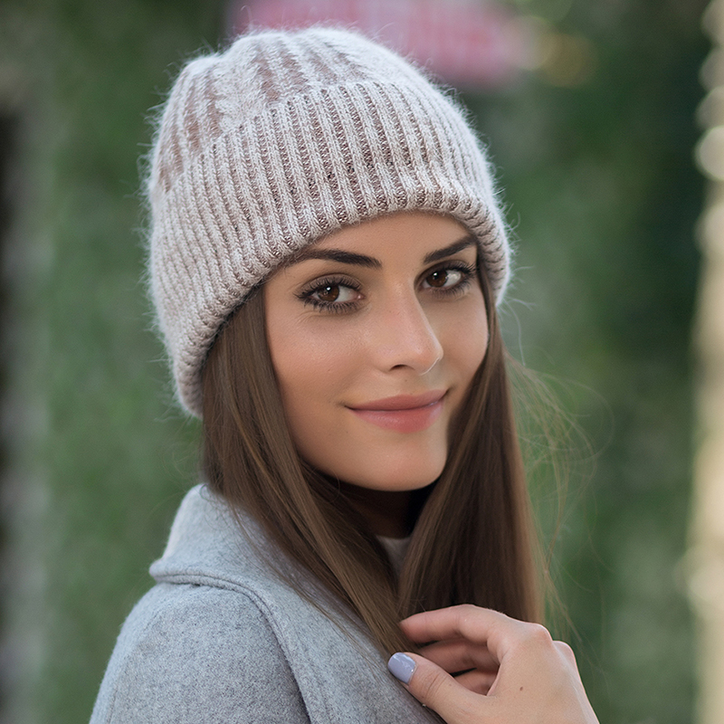 Poii Qon Color of The Fish Beanies Hats Wool Knit Cap for Woman Man
