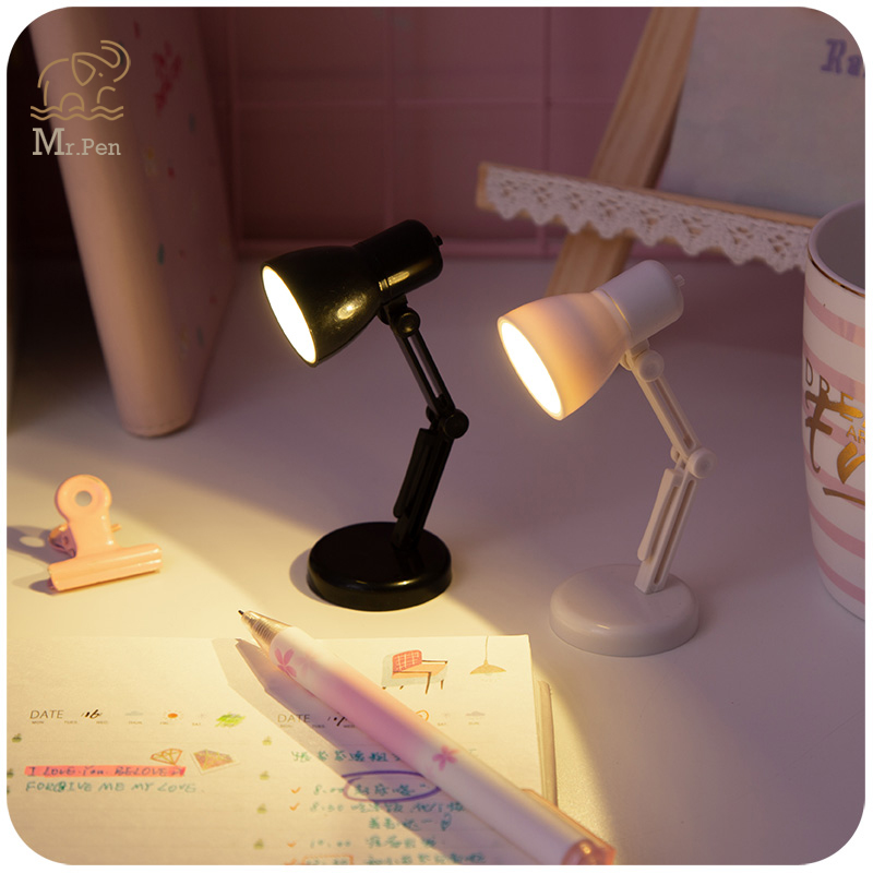 Creative Study Readig LED Desk Lamp Book Clip Bedroom Battery Powered Table Light Eye Protection Flexible Bookmark Night Light