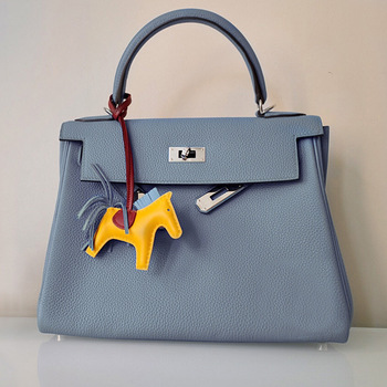 Classic Solid Color Soft Leather Handbags For Women 2020 Luxury Designer Large Capacity Shoulder Bag Fashion Ladies Purse Tote fashion rivets and solid color design tote bag for women