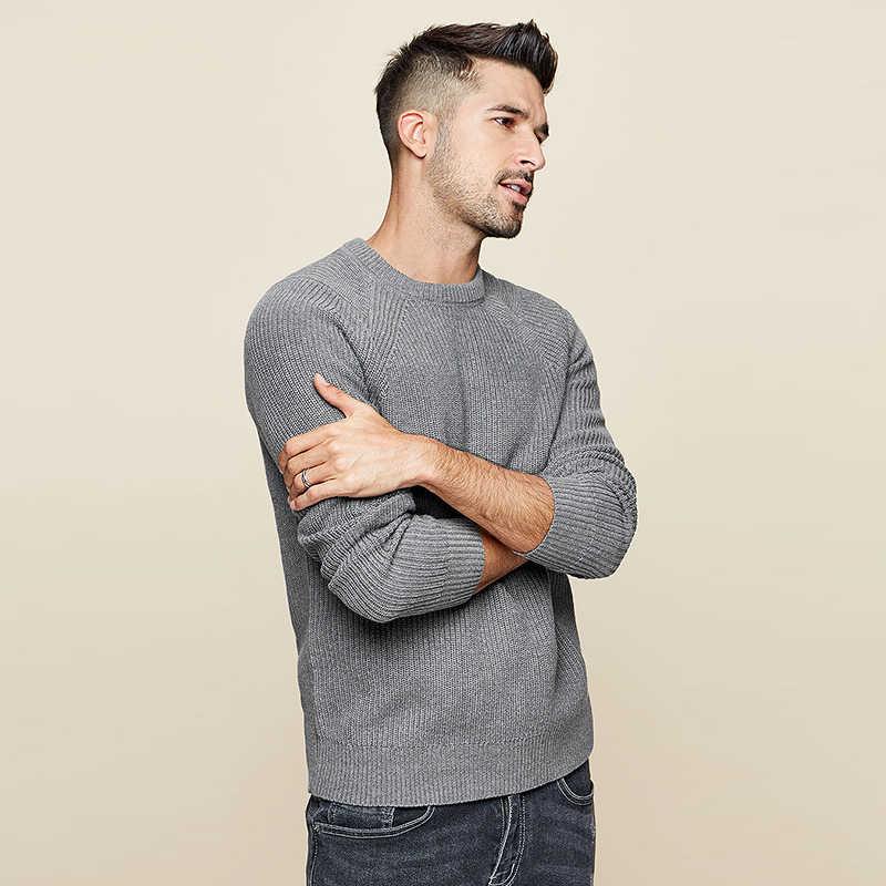 KUEGOU 2020 봄 코튼 플레인 블랙 화이트 스웨터 남성 풀오버 캐주얼 점퍼 남성 브랜드 니트 한국 스타일 의류 18016