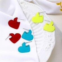 2020 Vintage de las mujeres chica corazón pendientes de moda Simple carta de amor en forma de corazón pendientes pequeños regalos para novias