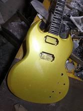 O envio gratuito de nova alta qualidade china diy sg guitarra elétrica mogno corpo ouro cor do corpo kit guitarra legal inacabado