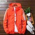 Windjacke für Männer Jacke 2021 Koreanische Beiläufige Sport Oberbekleidung Mit Kapuze Zipper Langarm Streifen Herren Bomber Jacke Plus Größe 5XL