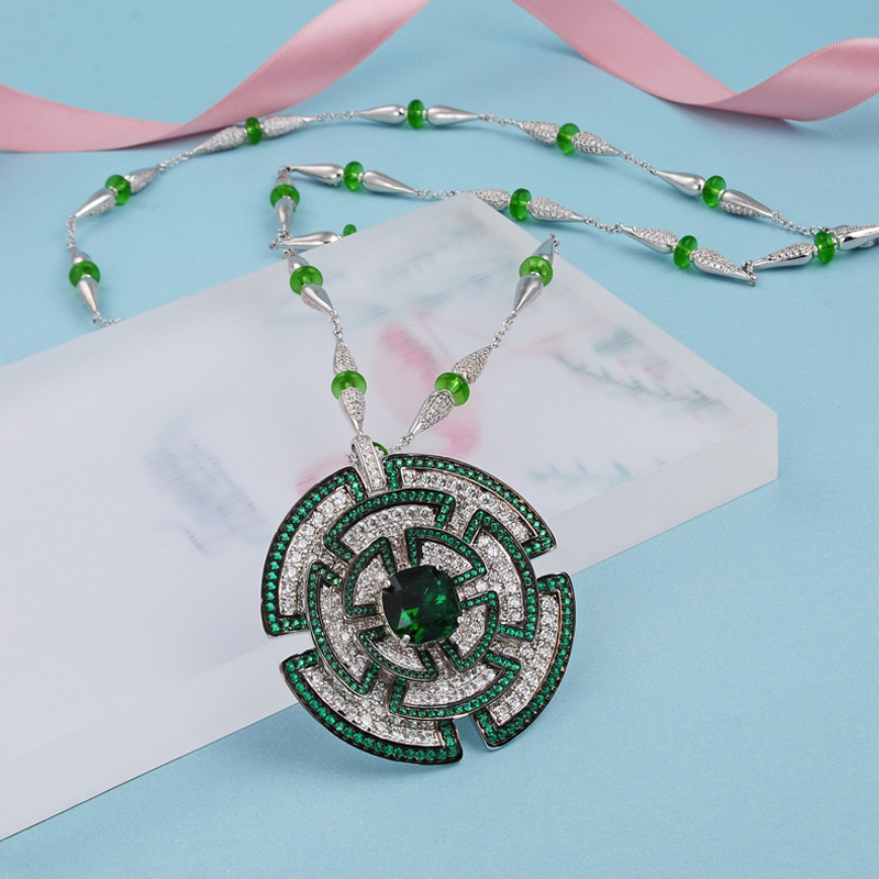 Mode haute qualité 3A cubique zircone parti collier multi couleur vert pierres fleur collier de mariage robe de mariée accessoires