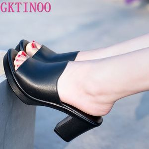 Женские шлепанцы GKTINOO, летние слиперы из натуральной кожи, модная летняя обувь на высоком каблуке, 2020