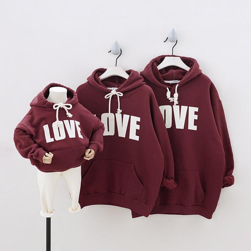 Hiver nouveau style enfants vêtements polaire épaissi parent enfant chaud amour famille vêtements de sport usage d'équipe