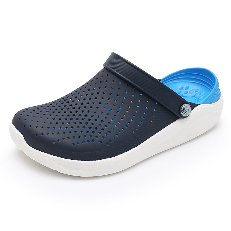 2019 Summer Men's Crocks Clogs Sandals EVA Lightweight Beach Slippers For Men Women Unisex Garden Clog Shoes Crok AdultoBreatha