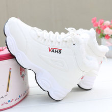 High top Winter shoes woman Fur warm Lace-up Sneakers tenis feminino platform