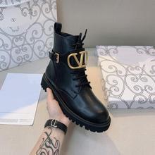 Botas de piel auténtica con logotipo en V para mujer, botas negras para motocicleta, punta redonda con cordones, tacón cuadrado, botas de nieve para mujer, botas de invierno con piel 41