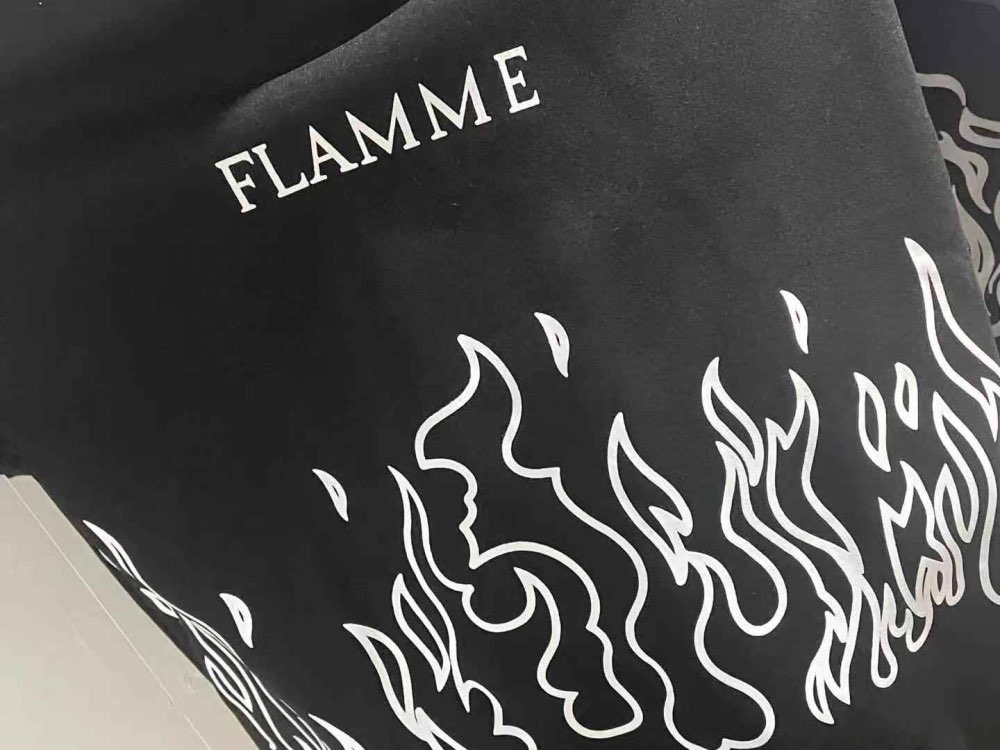 Oversized hoodie with flame print photo review