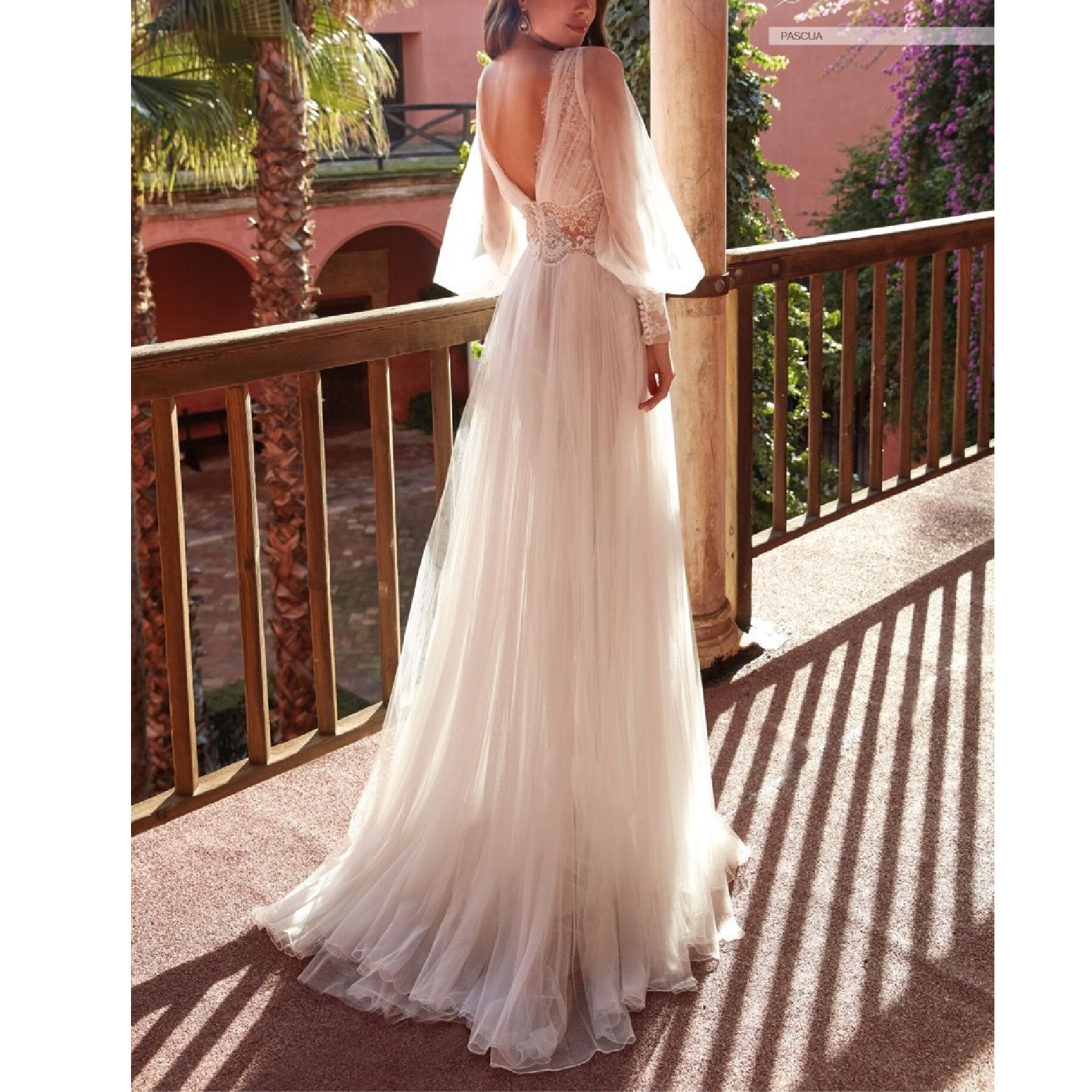 2021 Summer New Arrival Ladies Dress Casual Brand Sexy V-Neck Long-Sleeved Lace Mesh Stitching Gown Suitable for Formal Partie 2
