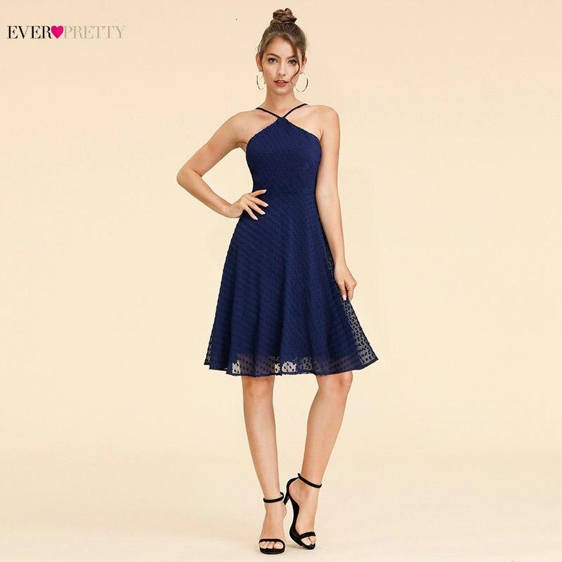 Sexy Dot Cocktail Vestidos siempre bonito A-Line Halter sin mangas corto azul marino Vestidos formales para fiesta Vestidos De Coctel 2019