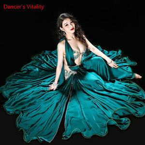 Image 3 - חדש באיכות גבוהה בטן ריקוד תלבושות שמלות סקסי חזייה + חצאית + חגורת שלב ביצועי תלבושות חליפות בגדי ירוק אדום 2 צבעים