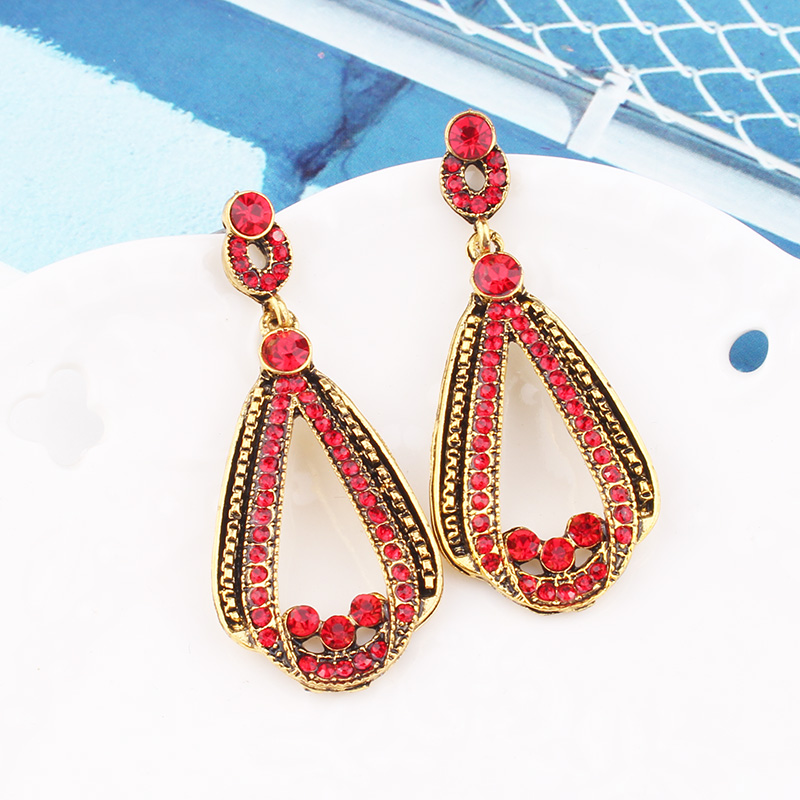 H797cc6be34204b05aaf4cf3ff3cfc827A - LUBOV Exaggerated Blue Crystal Lace Golden Metal Chain Dangle Earrings Women Personality Statement Drop Earrings Christmas Gift