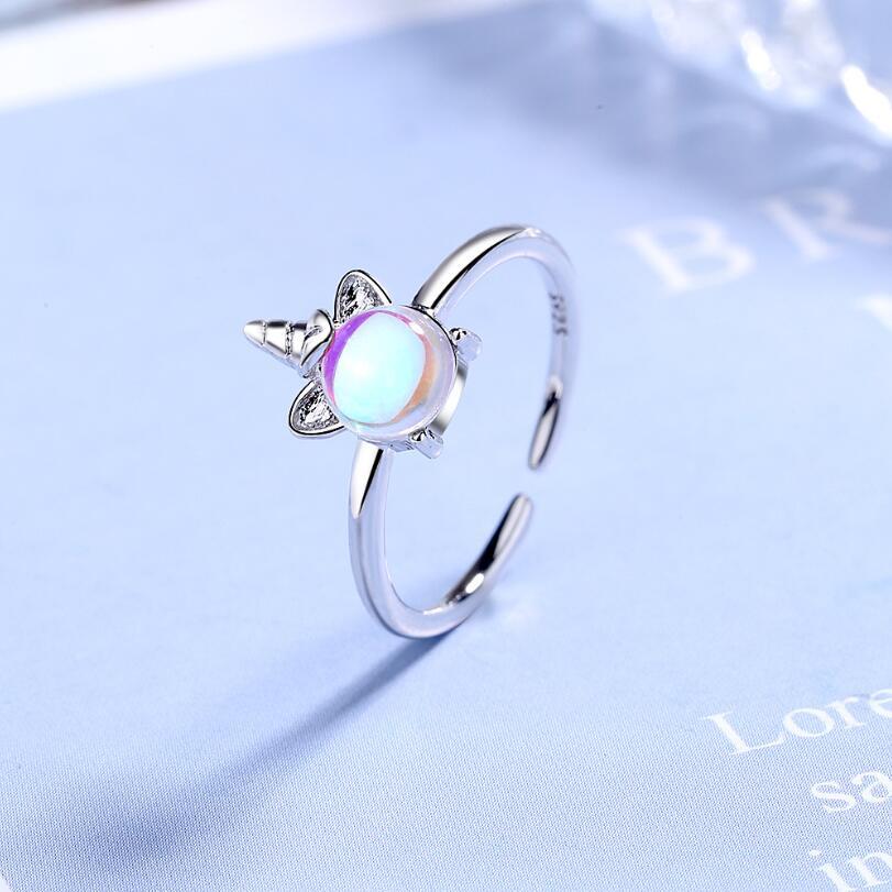 Женские кольца из серебра 925 пробы, с единорогом и лунным камнем