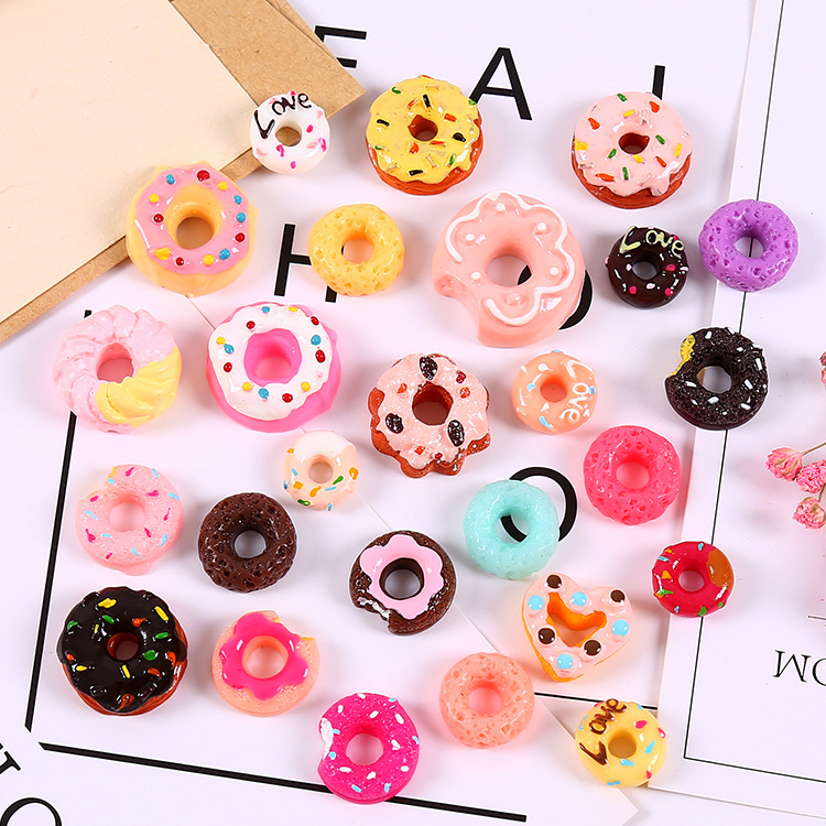 1pcs Donuts Cake Biscuit For Barbie Blyth Licca Kurhn 1/6 bjd Dolls Miniature Mini Play Food Pretend Toy Doll house Accessories