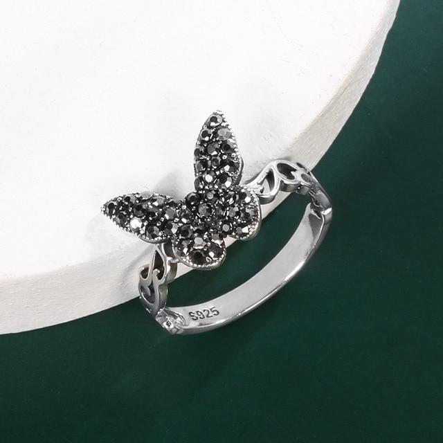 Купить винтажное тибетское серебряное черное кольцо с бабочкой из фианита картинки цена