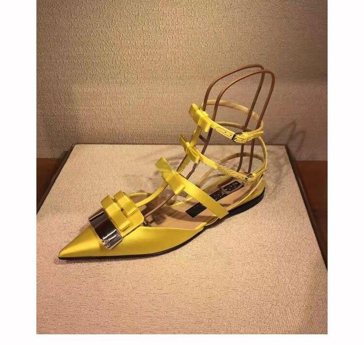 2019 Satijn Vrouwen Schoenen Puntschoen Vrouwen Flats Silver Metal Decor Vrouw Gladiator Kleur Jurk Bruiloft Zapatos Mujer Hot Muilezels - 2