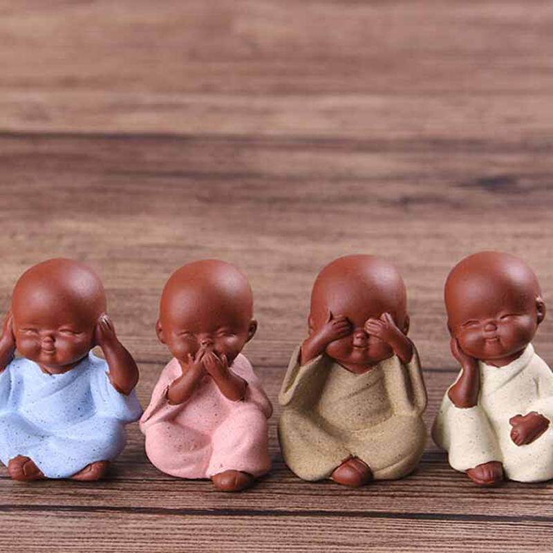 Ceramic Ornaments Monk Small Buddha Statue Monk Figurine Tathagata India Yoga Mandala Tea Pet Purple Ceramic Crafts Decorative