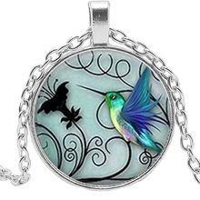 2019 Hot Creative Blue Hummingbird Time Crystal Glass Convex Round Pendant Necklace Clothing Sweater Chain Jewelry