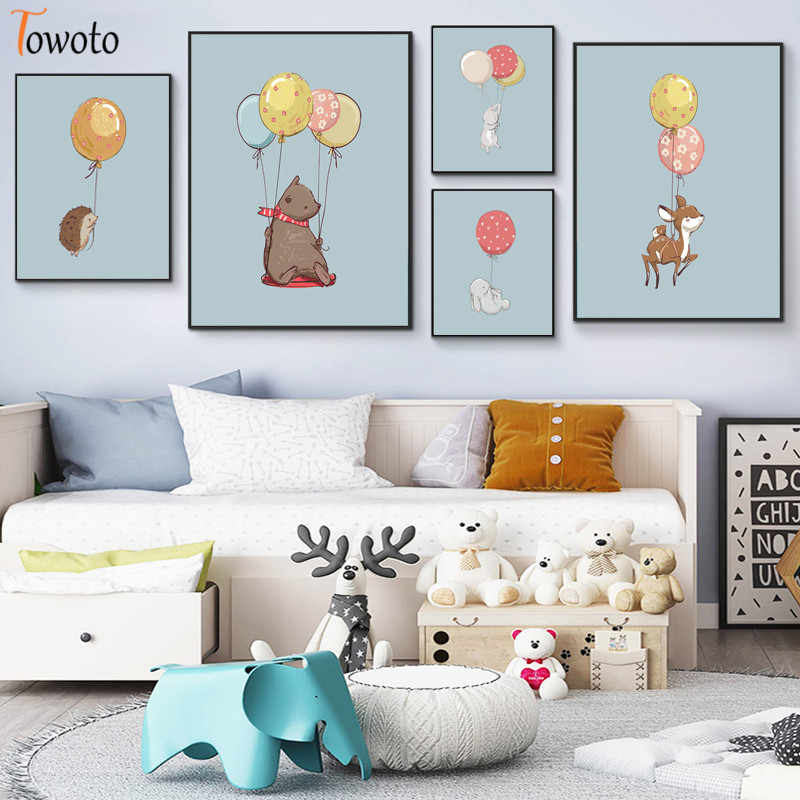 Cartoon Canvas Painting Flying Animals with Balloon Prints Woodland Animal Poster Nursery Wall Art Kids Decoration Pictures