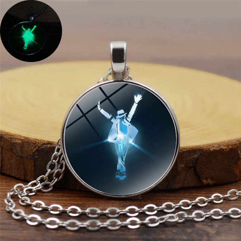 Moda szklana kopuła świecące w ciemności naszyjnik kobiety mężczyźni Punk biżuteria z wiszącą ozdobą Michael Jackson Luminous wisiorek Neckalce