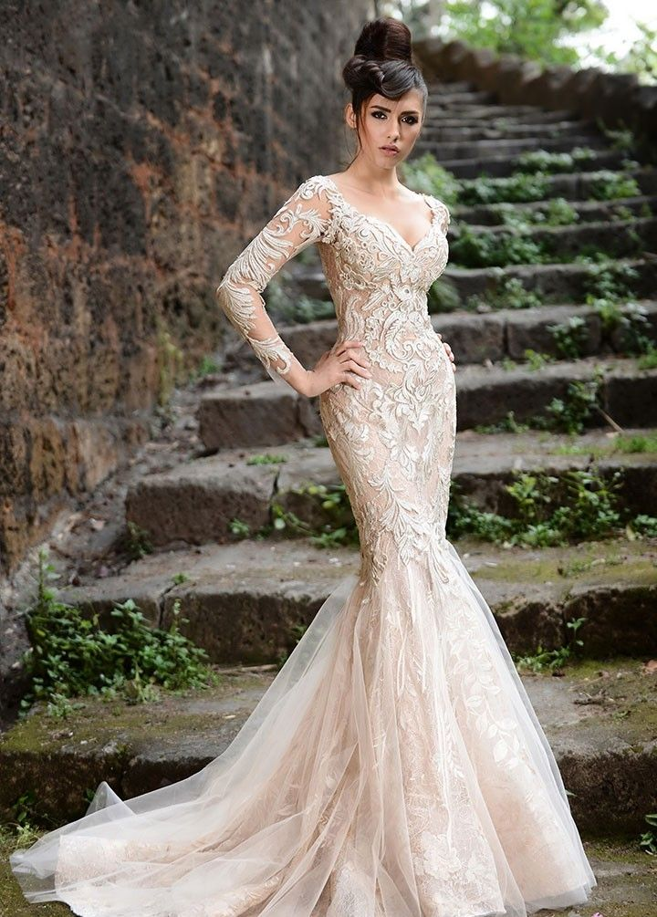 2018 Deep V Neckline Long Sleeve Lace Formal Evening Gowns Champagne Mermaid Prom Bridal Gown Mother Of The Bride Dresses
