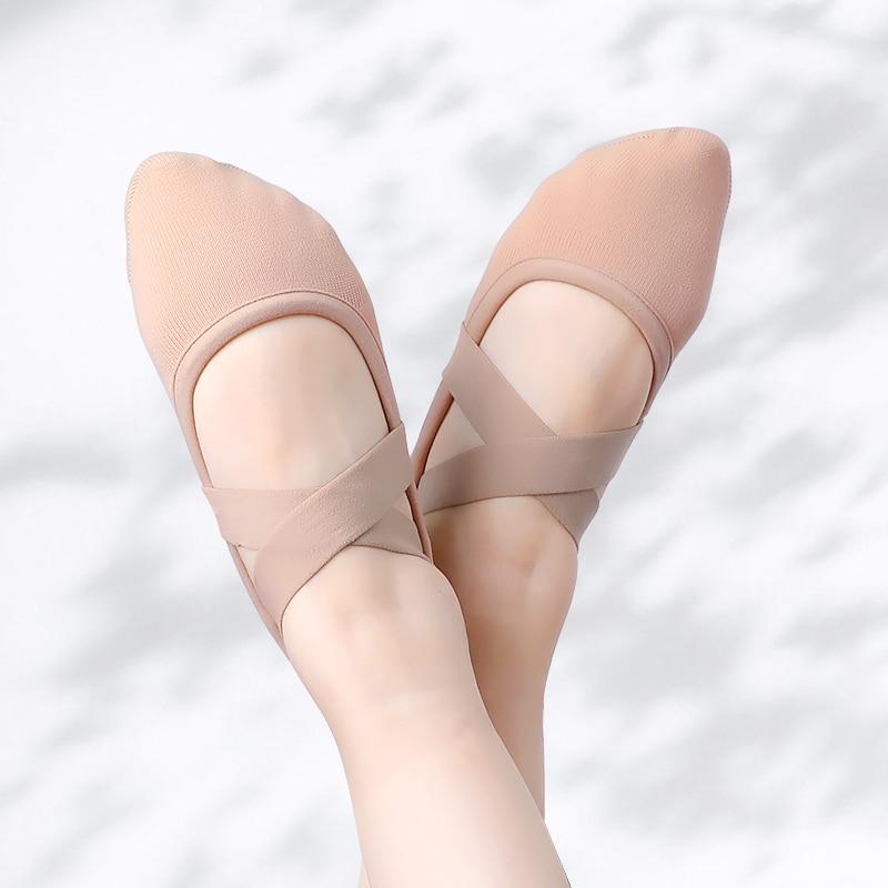 Girls Stretch Ballet Dance Shoes Split Soft Sole Kids Ballet Slippers With Elastic Mesh