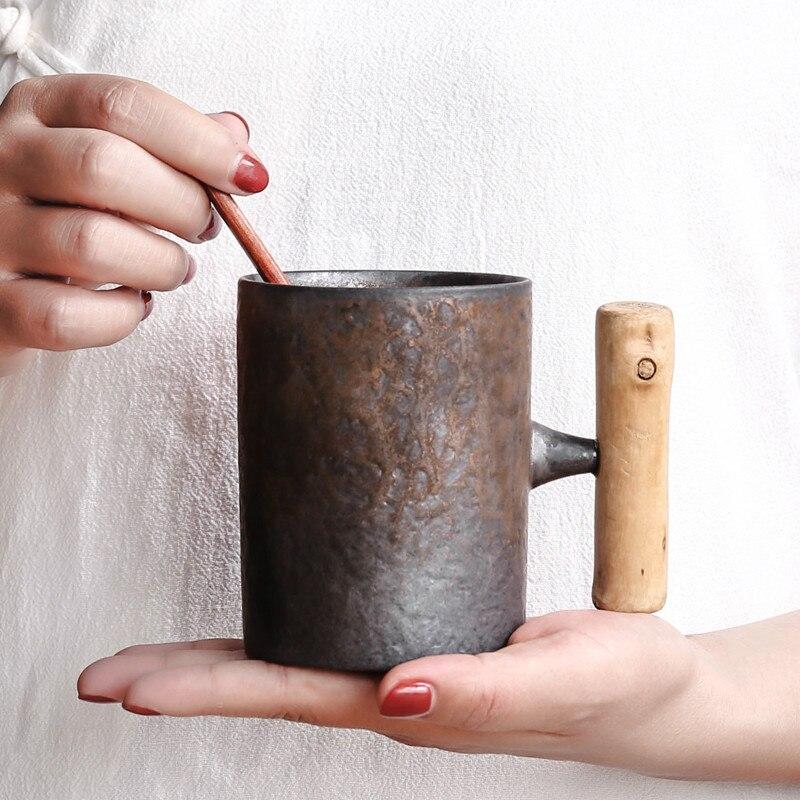 Stile giapponese di Ceramica Depoca Tazza di Caffè Tumbler Ruggine Smalto Tè Al Latte di Birra Tazza con Manico In Legno Tazza di Acqua Per La Casa ufficio Articoli E Attrezzature Per Acqua, Caffè, Tè