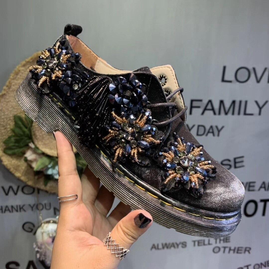 Nouveau Taichao fait à la main exquise fleur perlée frangée loisirs chaussures à semelle plate en cuir