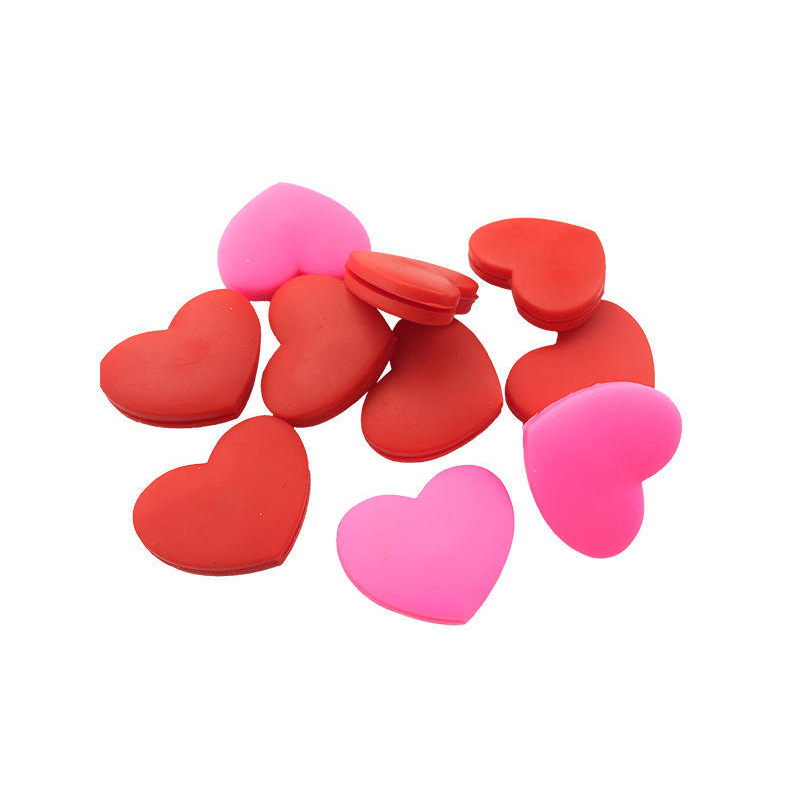 5pcs/lot Silicone Tennis Racquet Accessory Shock Absorbers Tennis Clamps Red Heart Shape Vibration Dampener Random Color