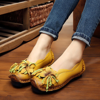 dongnanfeng women female old mother shoes flats loafers casual slip on cow genuine leather pu bow round toe spring 34 43 qbl 922 Genuine Leather Flats Women Spring Shoes Flower Slip On Loafers Lazy Shoes Female Flats 2020 New Arrival Mom Loafers