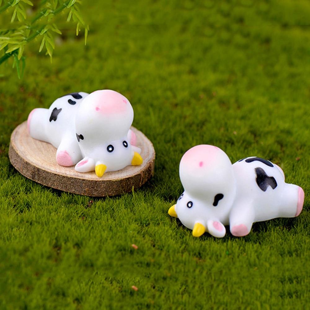 Modelo animal fada jardim micro paisagem artesanato pequena estátua bonsai ornamento estatuetas vaca em miniatura gado leiteiro