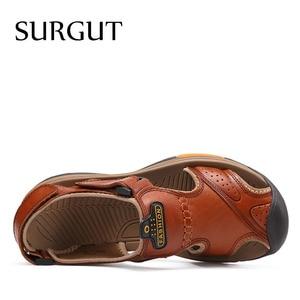 Image 2 - SURGUT 남성 신발 정품 가죽 남성 샌들 여름 남성 신발 비치 패션 야외 캐주얼 미끄럼 방지 운동화 신발 사이즈 46