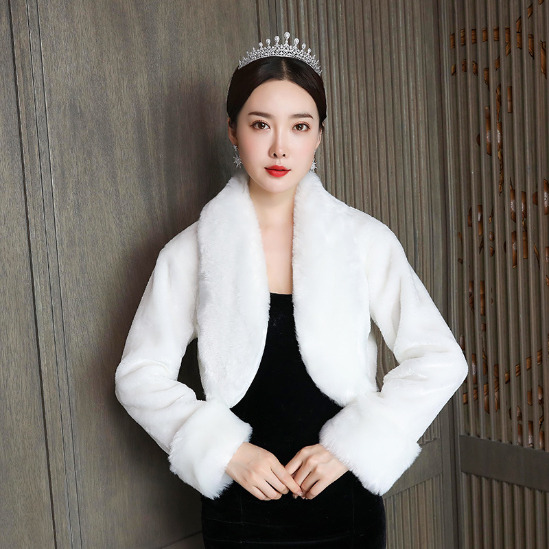 1PCS  Bride's Bridal Shawl Winter Warm Wedding Big Size Plus Thick White And Red Faux Fur Long-sleeved Coat Woman